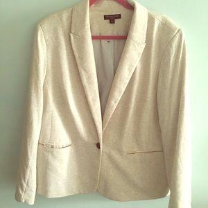 Like new cream blazer, size 2X